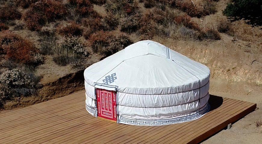 Yurt-exterior_03